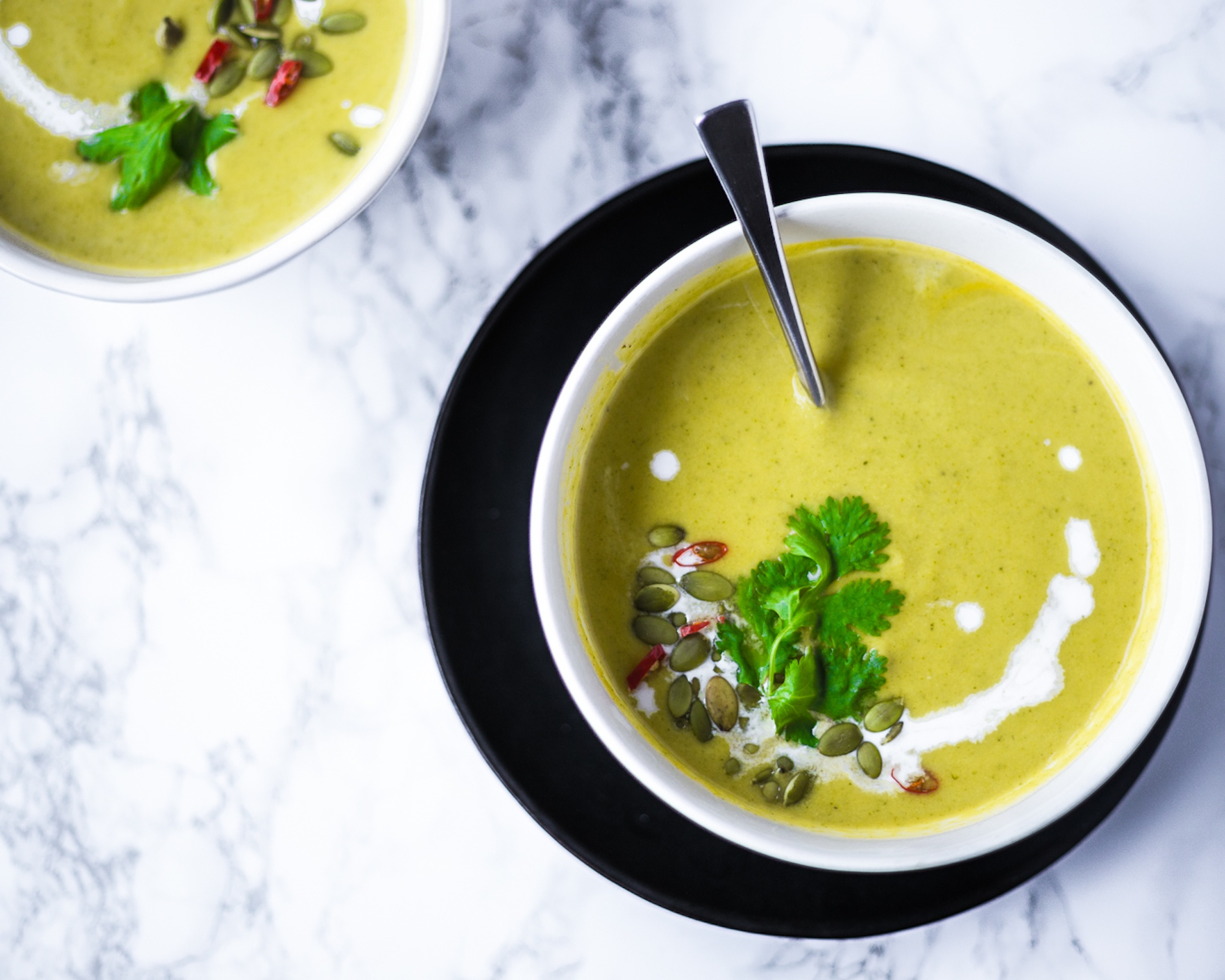 {Guest Post//Recipe} The Soup'er Bowl: Creamy Coconut Broccoli Edition