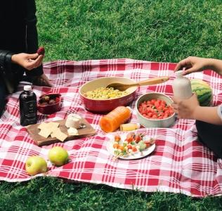 {Guest Post//Recipe} GlutenFreedom x ELXR Summer Picnic!